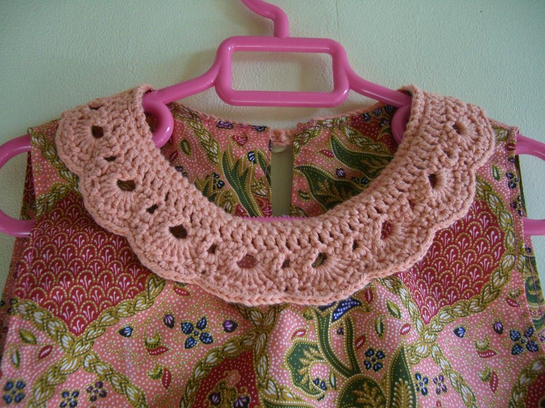 robe col crochet